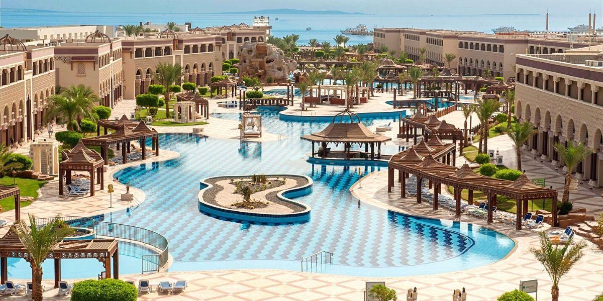 Територія готелю Sentido Mamlouk Palace Resort 5*
